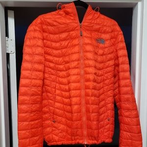 northface mens thermoball hoodie jacket
